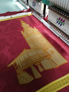 Mantón bordado